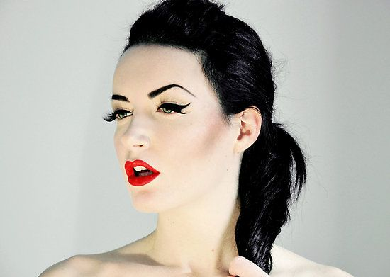 Maquillaje pin up en - Maquillage pin up ...