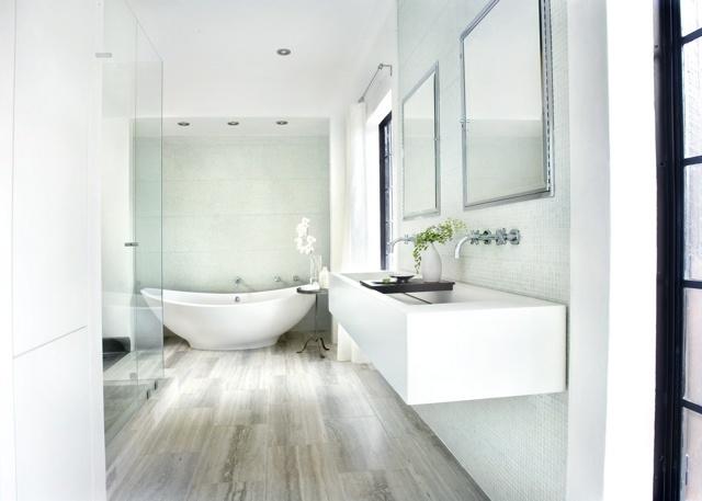 walker zanger siena silver travertine flooring is gorgeous