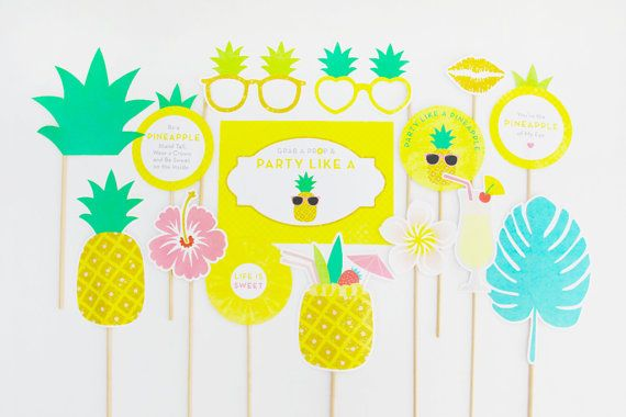 Pineapple Party Photo Booth Props Tropical von CreativeSenseCo