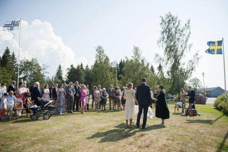 Julia Lillqvist | Malin och Allan, bröllop i Jakobstad | http://julialillqvist.com