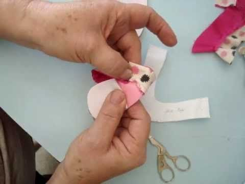 Video tutorial to make doll shoes :-)