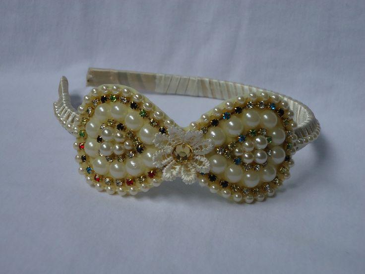tiara-laco-arco-de-cabelo-com-perolas.jpg (1200×900)