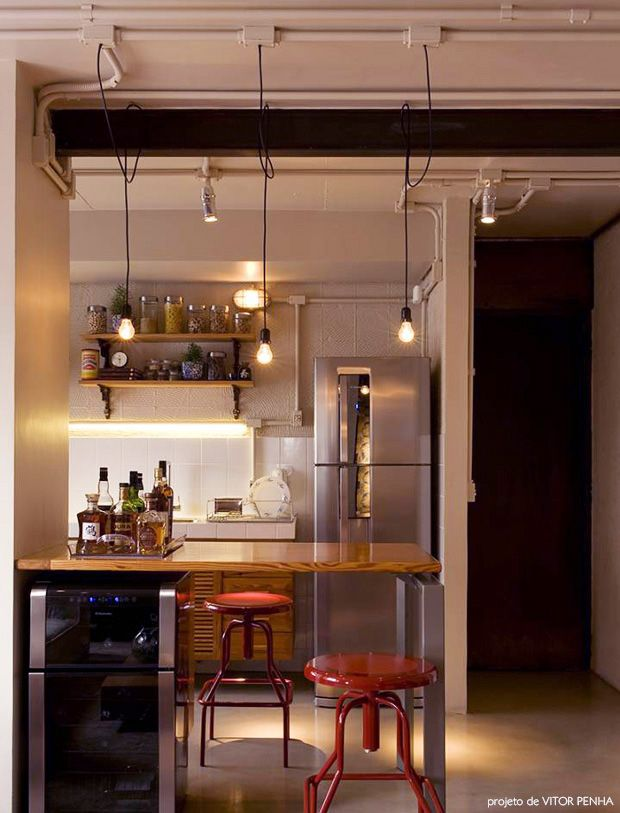 design trick: a narrow table as room divider between kitchen and living room #smallspaces #decor #cozinhas
