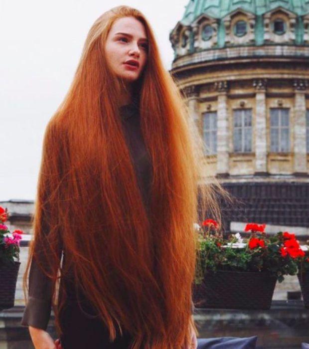 Les Plus Beaux Cheveux Roux Trouves Sur Pinterest Cheveux Modeles De Cheveux Cheveux Roux