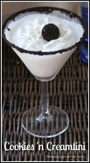 Cookies 'n Creamtini Dessert Cocktail Recipe - easy Oreo vodka drink | SnappyGourmet.com