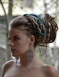 Fryzury Brązowe włosy: Fryzury Długie Alternatywne Dredy Brązowe - JudytaStyl - 2903609