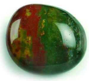 Bloodstone:Blood purifier; Detoxifier benefiting liver, kidneys and bladder. Strengthens heart/circulation. Protective; Grounding; Promotes strong friendships. Placing Bloodstone in a bowl of water beside the bed is said to ensure peaceful sleep.