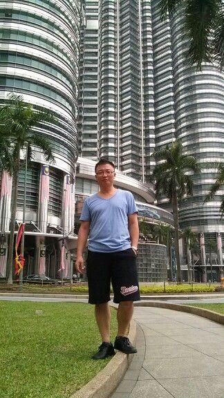 Trip to Indonesia:  On the way to Indonesia, I visited KL to see my old buddy. I even pretended to be a humble tourist at Twin Tower!