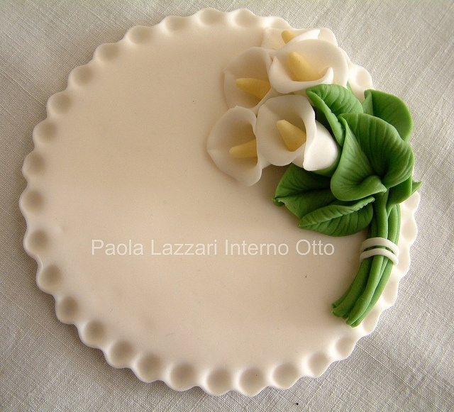 Sugar paste.  Deliziosa!  And probably tastes better than store-bought.