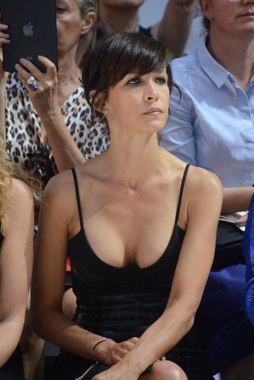 nudes Cleavage Sophie Bennett (11 foto) Video, Facebook, braless