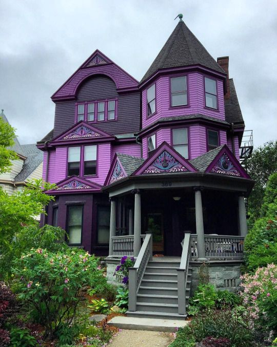 dream home right here my two favorite colors make up the siding and roofing - Purple Home Decor