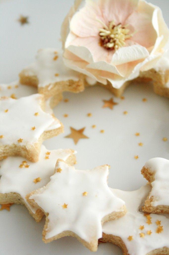 Zimtsterne étoiles de noël à la cannelle (bredele aux blancs d'oeufs, sans beurre)
