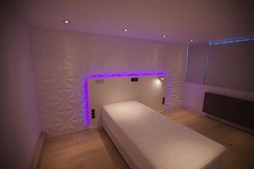 slaapkamer sfeerverlichting led strip verlichting ledstrip. Black Bedroom Furniture Sets. Home Design Ideas