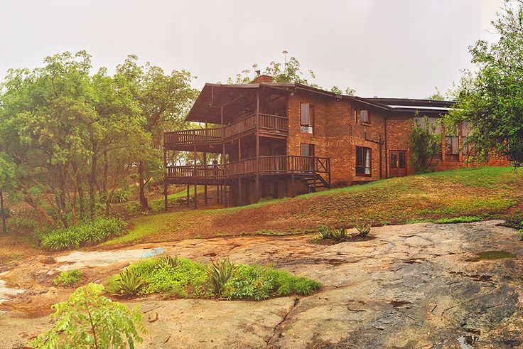 Ulwazi Rock Lodge Self Catering House In Hazyview, Kruger Park, Mpumalanga See more http://www.wheretostay.co.za/ulwazi-rock-lodge-self-catering-accommodation-hazyview  Accommodatse 12 guests 4 en-suite rooms. Open plan kitchen, lounge and dining areas. Flat screen TV with DStv, braai facilities, and indoor swimming pool. Bass fishing, bird watching and mountain biking routes.
