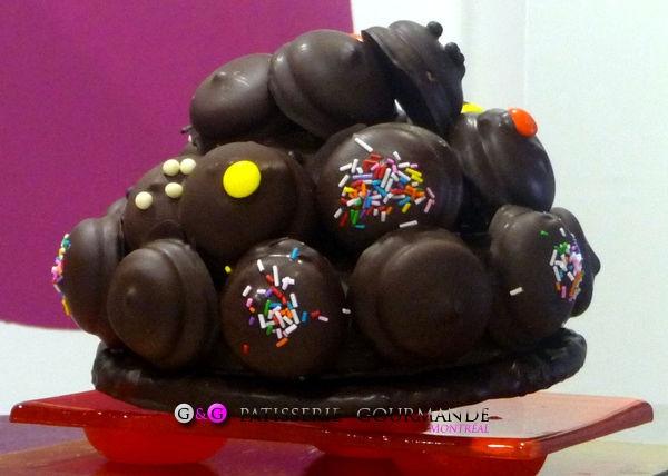 Whippets: les guimauves enrobées de chocolat.  www.ggpatiseriegourmande.com la meilleure pâtisserie sur mesure de tout Montréal.