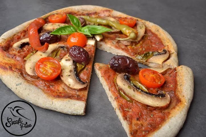 Vékony tésztás pizza (MAX EBÉD)  - NAGYON JÓ
