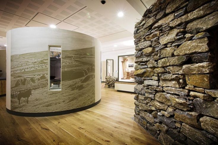 41 Best Rock Walls Images On Pinterest Interior Walls Arquitetura And Bathrooms