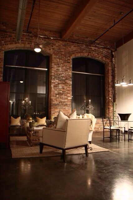 gives that old time New Yorker kind of feel. If I wasn't a small town girl..I WOULD BE LOOKING FOR A LOFT SPACE LIKE THIS!!!