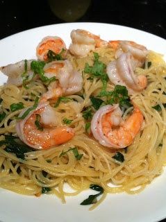 Single Foodie's Spot: Spinach Shrimp Scampi with Angel Hair Pasta
