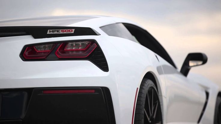 Erlebt den Unterschied zwischen Touring und Racing Modus der Corvette C7 Stingray mit Hennessey HPE500 Upgrade!