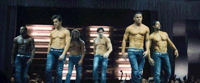 Shirtless strut + smolder = XXL swooning.
