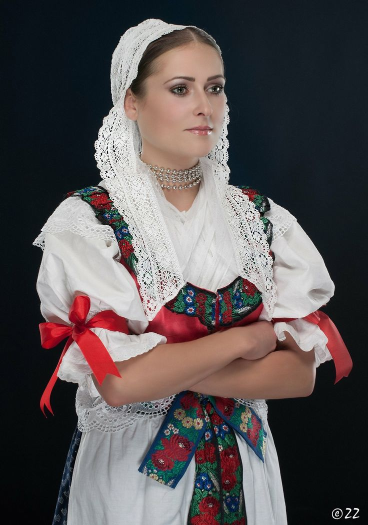 Woman in folk costume from Turiec area in Slovakia/ kroj z oblasti Turca