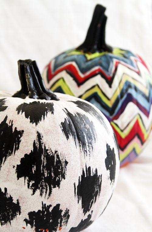 #ikat + #chevron #pumpkins: Pumpkin Ideas, Decor Ideas, Fall Decor, Chevron Pumpkin, Halloween Pumpkin, Fall Halloween, Pumpkin Decor, Paintings Pumpkin, Pumpkin Paintings