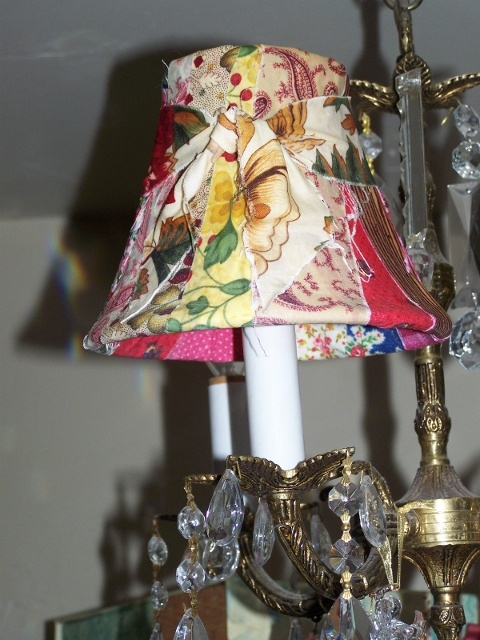 Lamp shade craft project. Click Photo To Visit Webpage and See How It's made.