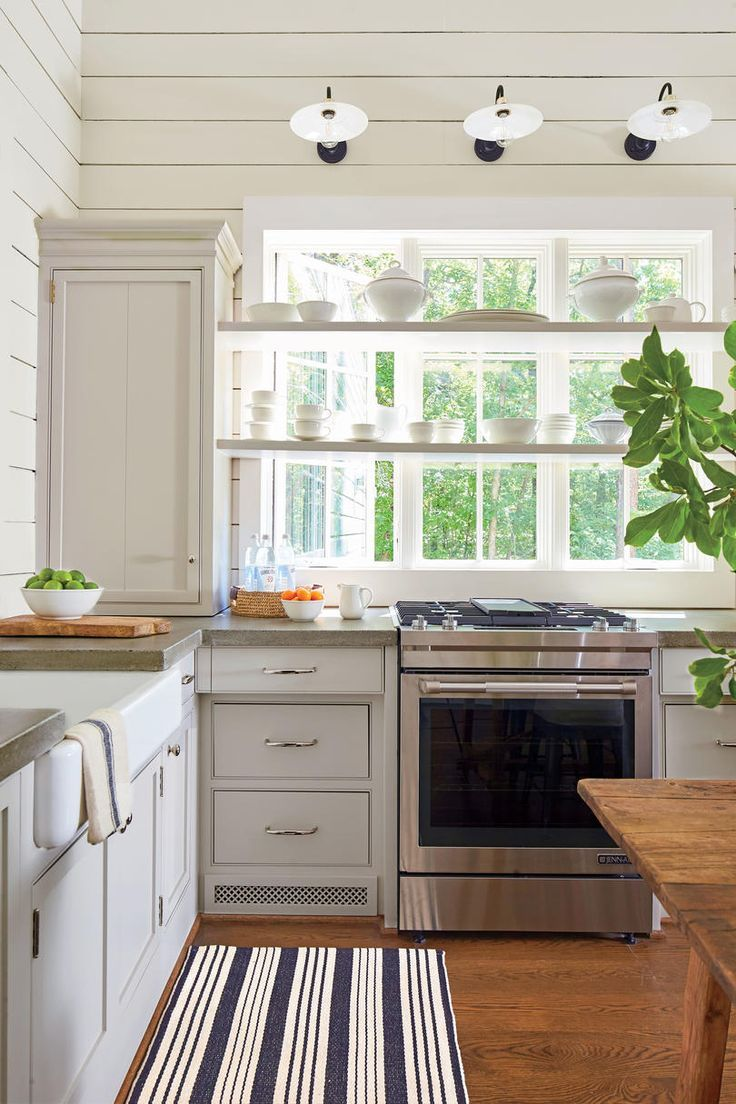 Monday Inspiration In 2020 Lake House Kitchen Lake House Interior Cottage Kitchens