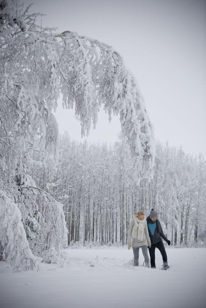 Saana ja Olli and winter in Paattinen, Finland. [ Photo: Unto Rautio ► www.untorautio.com/ ]