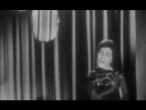 Amália Rodrigues - Madrugada de Alfama