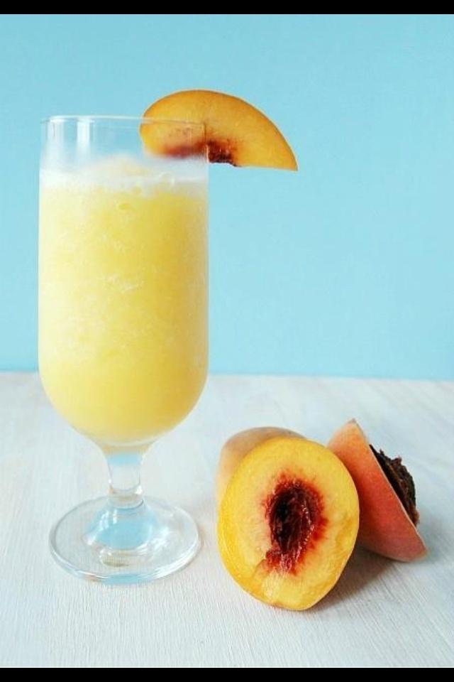 Peach Bellini :) | Food, Recipes, Drinks, Yum ! | Pinterest