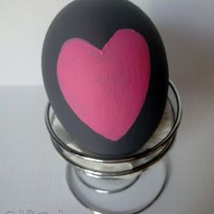 Oeuf messager gris coeur rose