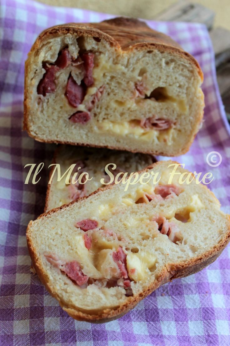 Pan bauletto farcito | Impasto base con metodo Tang Zhong: soffice, morbido e saporito Una sorta di pane e companatico geniale. Le fette sono già farcite.