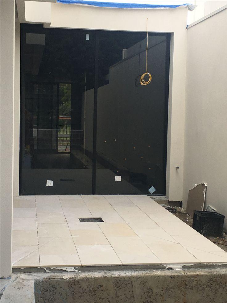 Side courtyard looking good