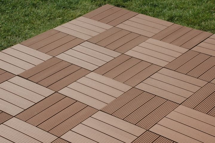 Exhibition Stand Flooring : Decking tiles ideal for covering an outdated terrace
