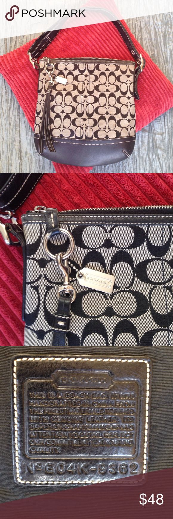 Coach purse Super clean. Very slight signs of wear and could use a light cleaning. Coach Bags Shoulder Bags