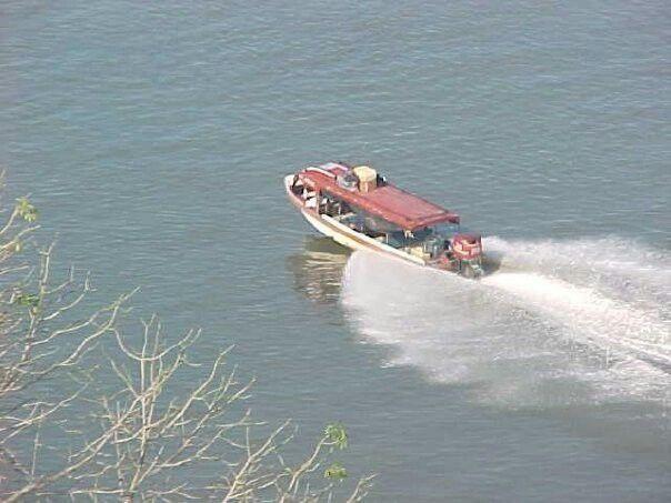 Navegando por el río