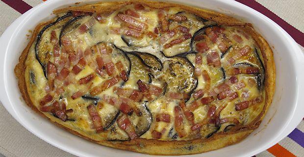 Una receta sencilla de realizar con ingredientes muy fáciles de encontrar. Vamos a preparar un pastel de berenjena y queso de cabra, una especie de quiche sabrosísimo.