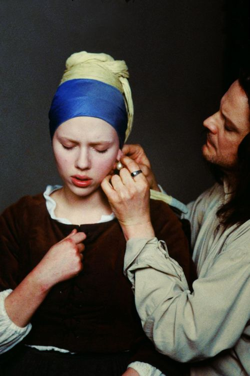 Scarlett Johansson and Colin Firth (Movie: The girl with a pearl earring) 2003