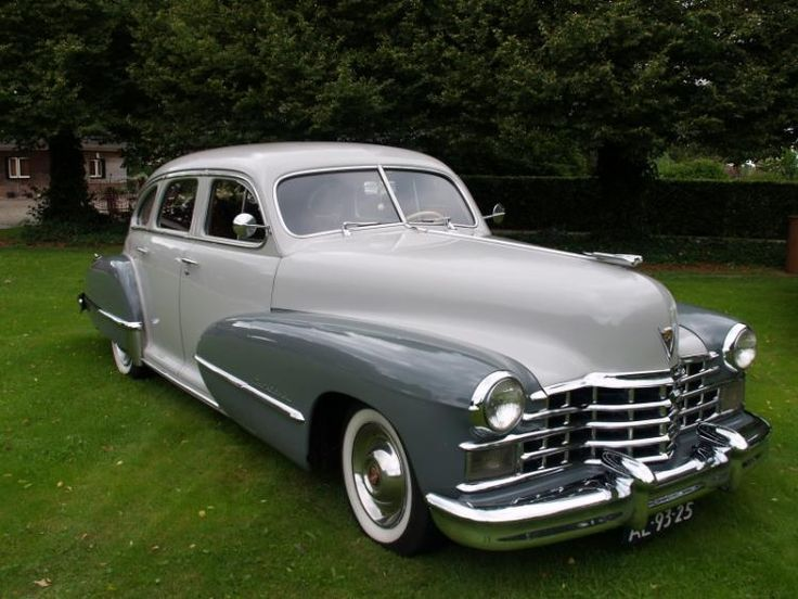 Cadillac 1947 - color two tone gray - total production is 5160 - US import (2005) Looks just like my grandpa's:)