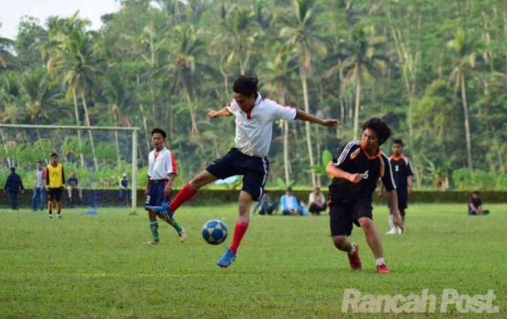 CISONTROL CUP 2016: Kertajaga Tekuk Sindangjaya 4-1 - http://www.rancahpost.co.id/20160859665/cisontrol-cup-2016-kertajaga-tekuk-sindangjaya-4-1/