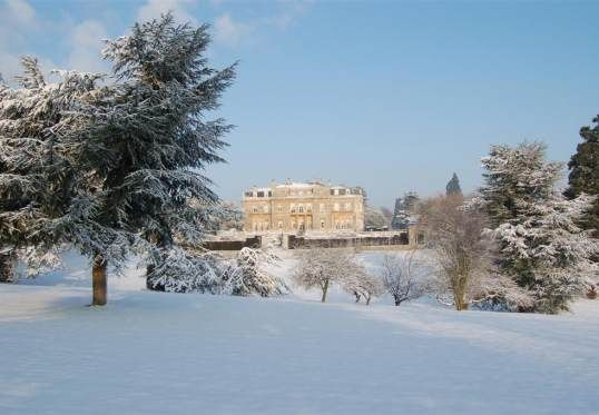 Luton Hoo at Christmas in the #snow | http://www.simplyhoteljobs.com/recruiters/luton-hoo-hotel