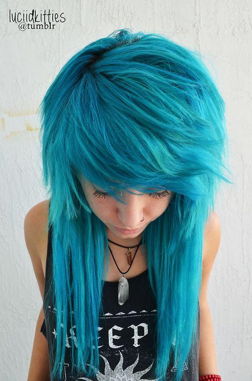 Smurf hairrrr blue emo hair gurll >.