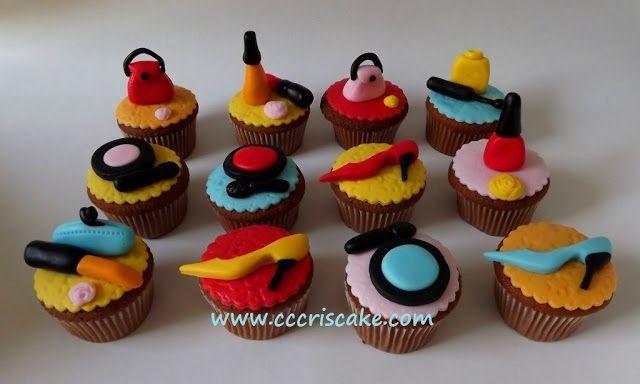 Torturi artistice: Make-up cupcakes