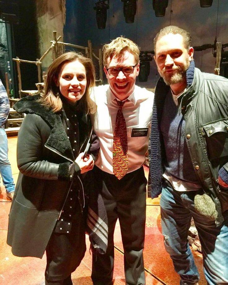 いいね!391件、コメント10件 ― Charlotte Riley (Monkey)さん(@charliemonkey_)のInstagramアカウント: 「New pic from a musical on the 29th of Dec with Tom called #bookofmormon ❤ #charliemonkey…」