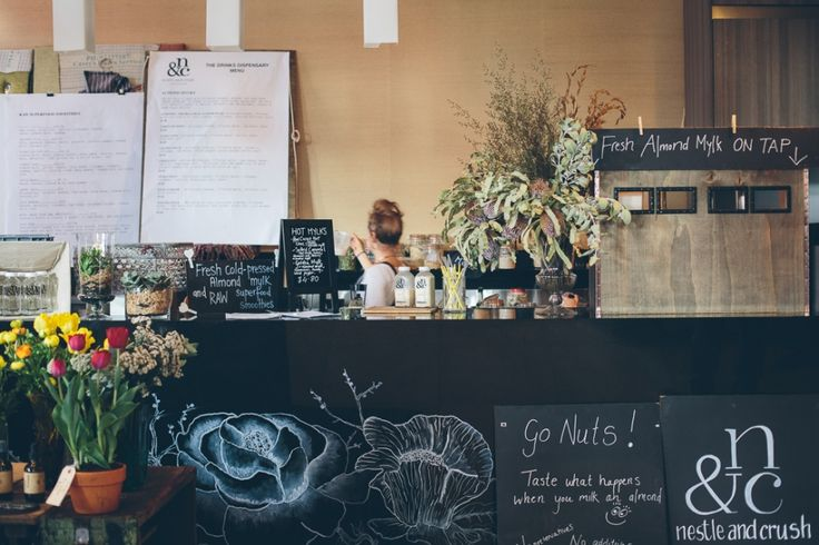 Botanica Naturalis Pop Up Shop - Food Amongst the Flowers. Photography by Peggy Saas.