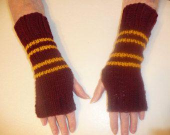 Harry Potter Hand stricken Fingerless Handschuhe/Gloves - Double Stripe Gryffindor Wrist Warmers-One Size Fits All
