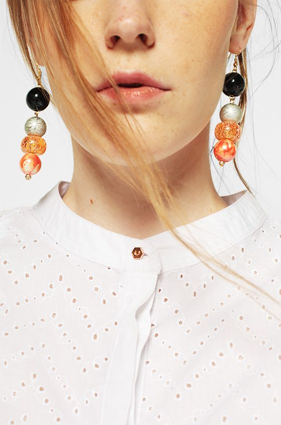Dusty coral lips and tangerine drop earrings <3 | May '17 | COTTONINK