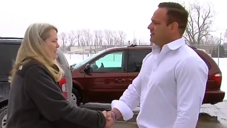 A Michigan couple who were swindled out of a new minivan by a Craigslist scammer got a happy ending this week in the form of a replacement, free of charge, from a local car dealership.